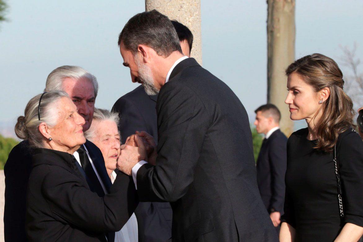 borbon - Los Reyes Felipe y Leticia despiden a Alicia de Borbón